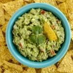 Fresh Homemade Chunky Guacamole Dip — Stock Photo #63616743