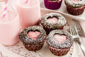 Valentines Day Heart Cutout Cupcakes — Stock Photo