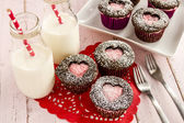 Valentines Day Heart Cutout Cupcakes — Foto de Stock