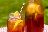 Fresh Brewed Ice Tea on the Patio — Stock Photo
