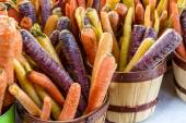Fresh Organic Fruits and Vegetables at Farmers Market — Stock Photo