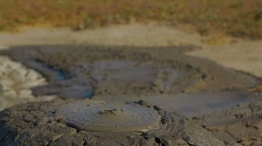 Bubbling mud pot. — Stock Video