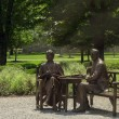 ������, ������: The Roosevelts in Bronze