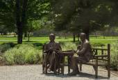 The Roosevelts in Bronze — Stock Photo