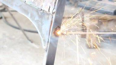 Spot Arc Welding the Car Part: Electric Stick Arc Welding — Stock Video