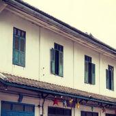 Old vintage house in luang prabang, Laos. — Stock Photo