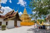 Chiang Mai, Thailand. Wat Phra That Sri Chom Thong Temple. — Stock Photo