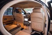 Wnętrze samochodu drogie — Zdjęcie stockowe