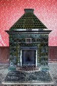 Old fireplace. Inside the Hunting castle of Count Schonborn — Stock Photo