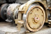 Old and rusty tram wheels — Stock Photo