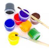 Gouache and paintbrushes isolated on white — Zdjęcie stockowe