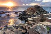 Sunset at Giant s causeway — Stock Photo