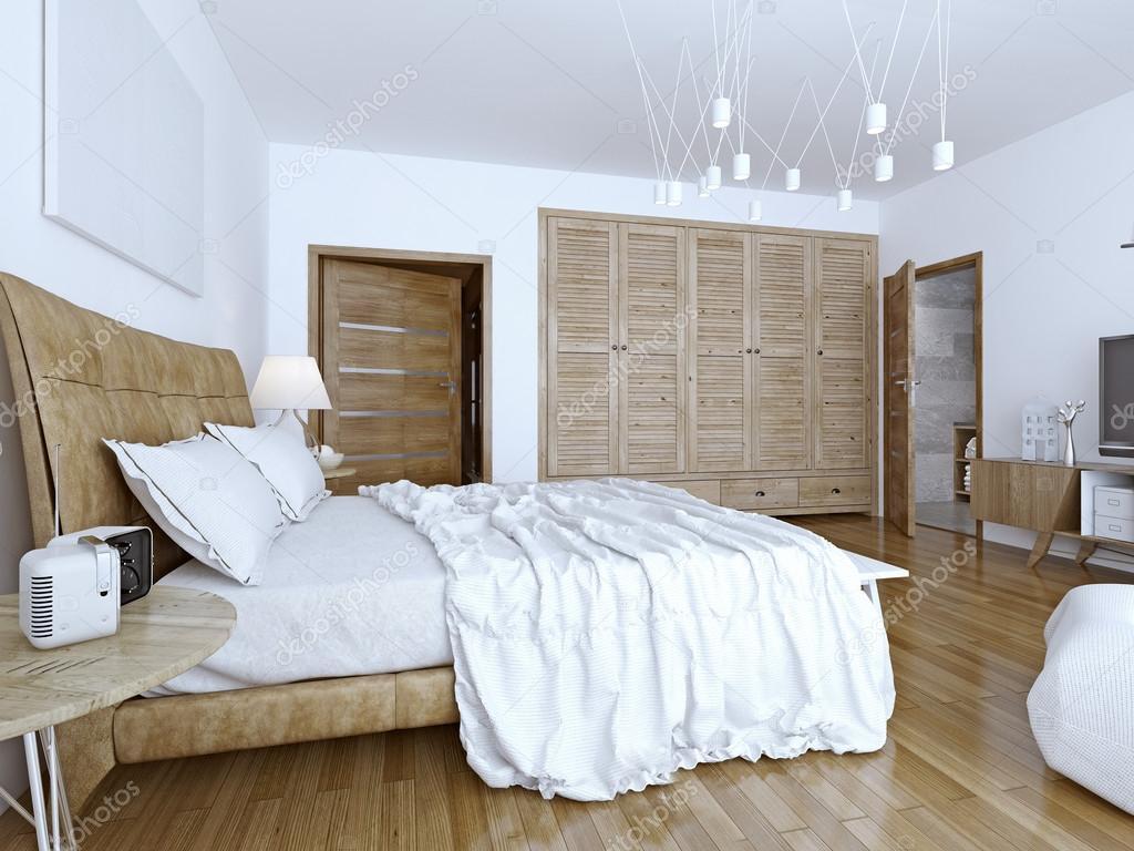 Obäddade säng i minimalistiskt sovrum — stockfotografi © kuprin33 ...