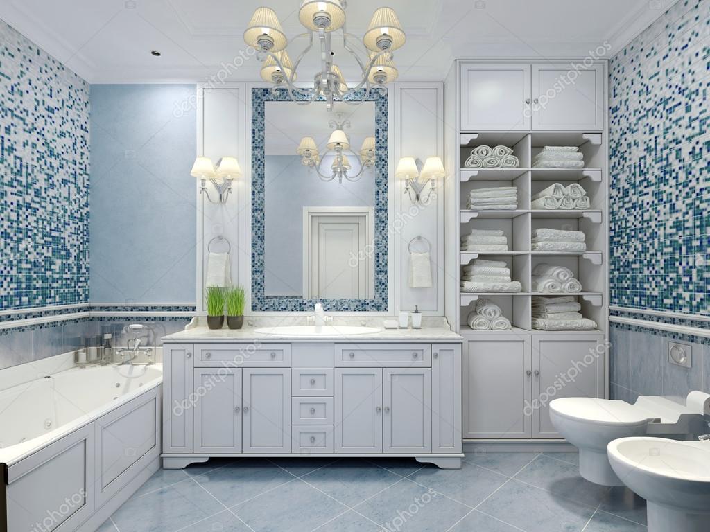 Meubilair in klassieke blauwe badkamer — Stockfoto © kuprin33 ...