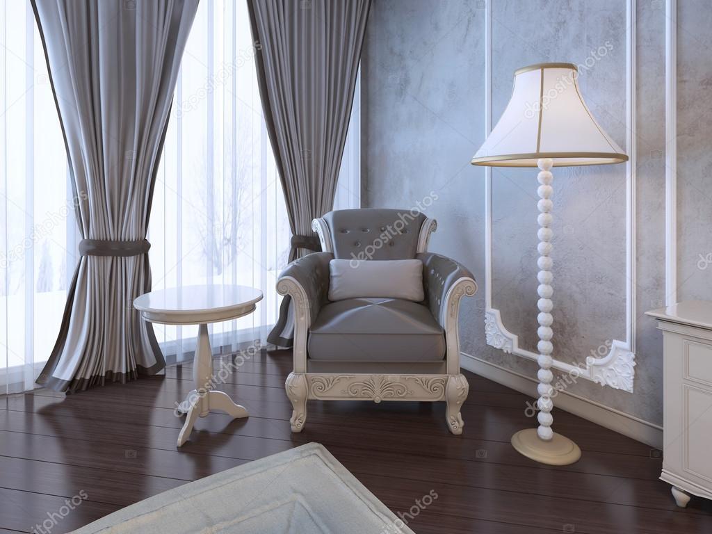 Relax posto nella camera da letto neoclassico — Foto Stock ...
