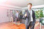 Business man at computer desk — Stock Photo