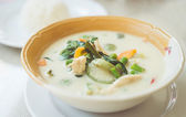 Green curry and chiken — Stock Photo