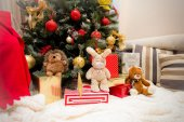 Christmas Tree with Gifts and toys, Xmas concept — Fotografia Stock