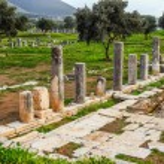 Постер, плакат: Ancient ruins in Messina Greece HDR photo