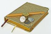 Accessoires voor de controle van de kosten van contant geld. — Stockfoto