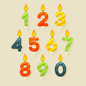 Set of colored glossy birthday cake candles. Isolated on bright background with fire flame. — Vector de stock