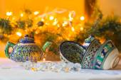 Kettle and bowls, Tajik dishes, Christmas decorations — Stock Photo