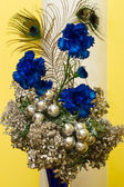 Christmas bouquet with Christmas decoration, blue cornflowers an — 图库照片