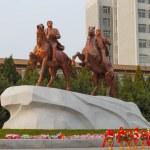 North Korea, Pyongyang, April 13, 2012 - a monument to Kim Il Su — Stock Photo #65355213