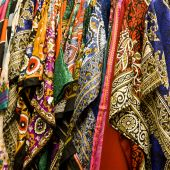 Colorful shawls and scarfs — Stock Photo
