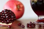 Pomegranate — Zdjęcie stockowe