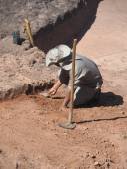 Archaeologist at Samipata — Stock Photo