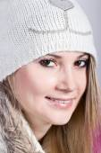 Portrait of girl in winter hat — Stock Photo