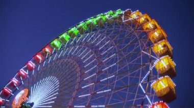 Amusement park at night — Stock Video