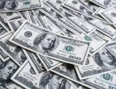 Kupie sto dolarów — Zdjęcie stockowe