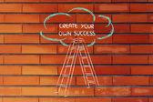 échelle drôle de conception de la réussite avec motivation par écrit — Photo