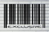 Product barcode with exclusive promotion — Stock Photo
