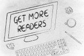 Get More Readers text on computer screen — Stock Photo
