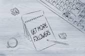 キーボード、コーヒーより多くの信者を得ることについてのノートとデスク — ストック写真