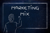 Teacher or ceo explaining about marketing mix — Stock Photo