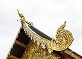 Hussadeeling статуи гейбл apex, таиланд стиль ланна — Стоковое фото