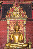 Old Golden Buddha Statue In Chapel — Stock Photo