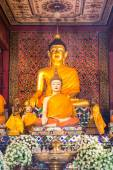 Old Buddha Statue In Chapel — Stock Photo