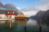 Königsee mit See und Berg — Stockfoto