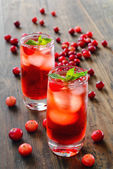 Cranberry cocktail with ice — Stock Photo