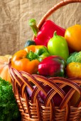 Organic food background. Vegetables in the basket — Stock Photo