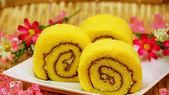 Swiss roll cream cake — Stock Photo