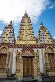 Bodh Gaya at Wat Monmahinsilaram — Stock Photo