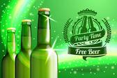 Banner für Bier-Adwertisement mit drei realistische grüne Flaschen. — Stockvektor