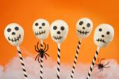 Spooky cake pops — Stock Photo