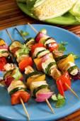 Tofu vegetable skewers — Stock Photo